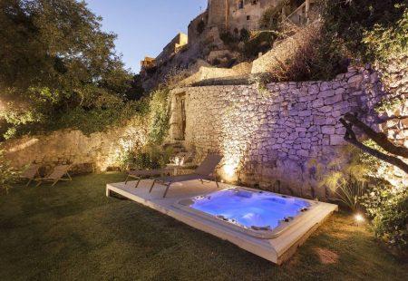 Séjour Oenogastronomique en Sicile - Boutique Hotel de charme -jacuzzi
