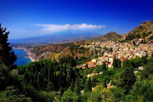La Sicile Baroque - Vue sur l'Etna et Taormina