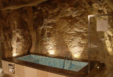 La Sicile Baroque - Locanda Don Serafino - Salle de Bain dans le rocher